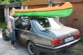 kanootti kuljetus auton katolle